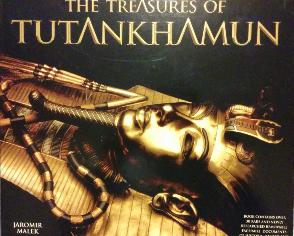 Cover of Treasures of Tutankhamun
